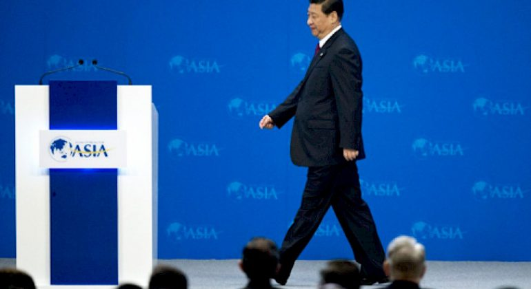 Xi Jinping promet d'ouvrir l'économie chinoise, les marchés applaudissent